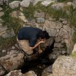Malgré tout, la source garda son importance, mais fut canalisée. Encore aujourd'hui, la source fournit une eau d'une grande pureté!