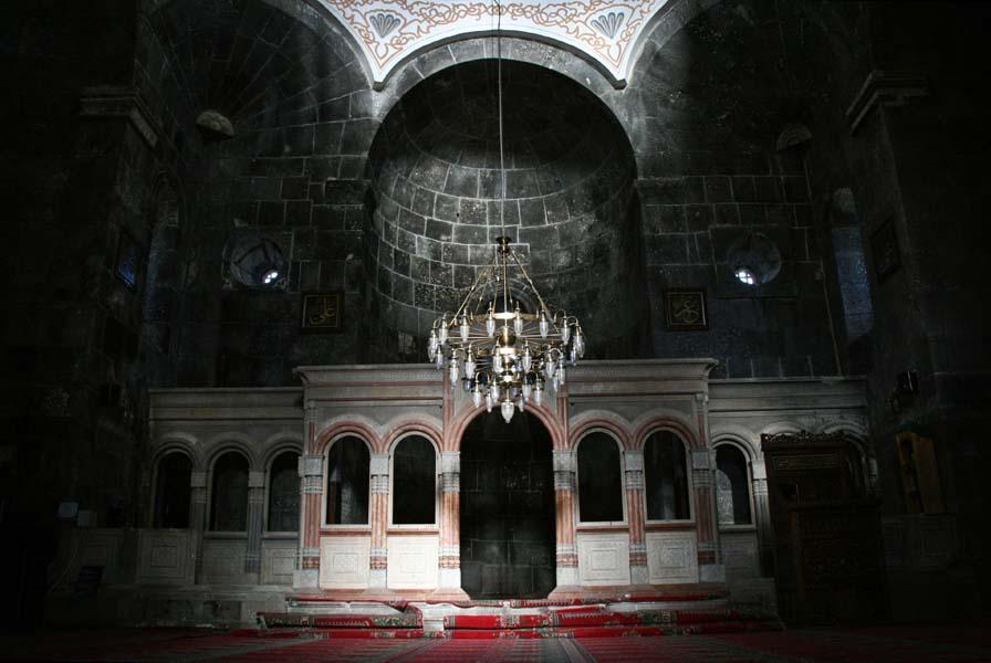 Ancienne église géorgienne convertie à Kars